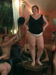 The incredible BBW group sex has three ladies and three - Picture 7