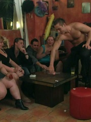 The three BBW friends come to the bar and end up naked - Picture 5