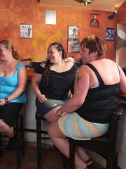 They all get down in this wild BBW orgy in a pub and one - Picture 1