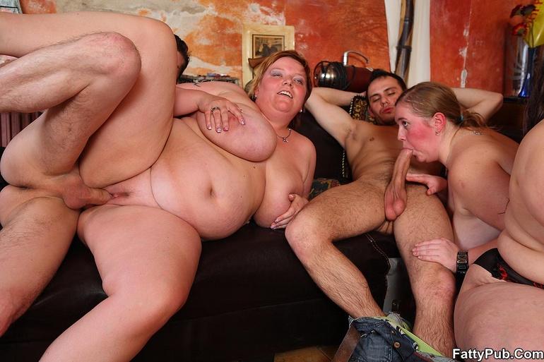Порно фото толстые молодые