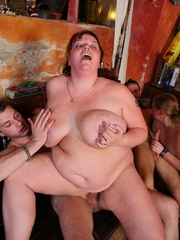 The BBW orgy in the bar features a hot fatty with jiggly - Picture 11