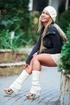 21 yo Amanda Blake