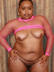 Nasty ebony BBW Alize loves getting hard black cocks - Picture 3
