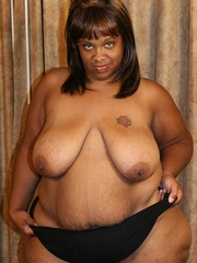 Jasmine's an XXL black BBW that loves to have her big - Picture 4
