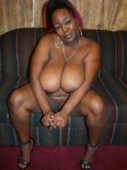 Black Cherry's ebony BBW breasts bounce everywhere as he - Picture 4