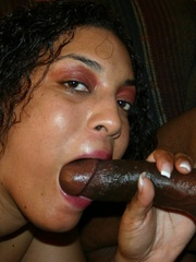 The reward for this fat black slut is a mouthful of cum - Picture 4