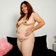 Chunky Asian Pla shows her fat pussy - Picture 14