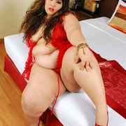 Asian BBW Cassie in red lingerie - Picture 6