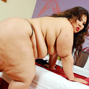 Chubby, fat, pear, plump and BBW Asian girls - Picture 7