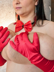 Demonic gipsy mom in horns and red gloves seducing you - Picture 11