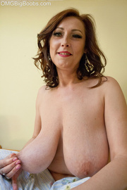 seductive brunette mom with