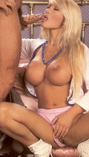 Сиськи блондинки ретро порно 76274 фотография