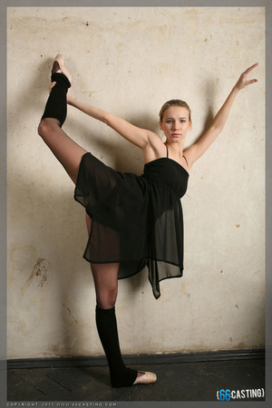 Sexy red gymnast girl in high heels - XXXonXXX - Pic 7