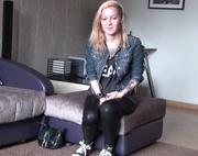 blonde chick leggings porn