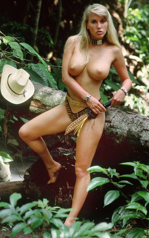 Randy oiled blonde with deliciously big tits exposing herself outdoor. - XXXonXXX - Pic 3