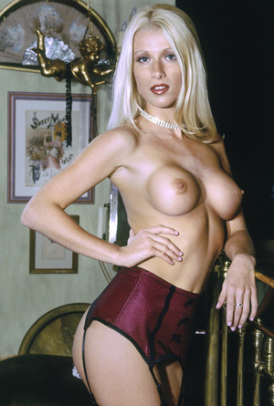 Elegant blonde beauty with lusciously formed body exposing herself passionately. - XXXonXXX - Pic 6