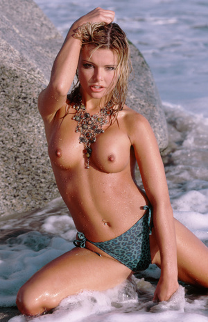 Wild blonde cowgirl with lusciously formed body exposing herself lustfully. - XXXonXXX - Pic 7