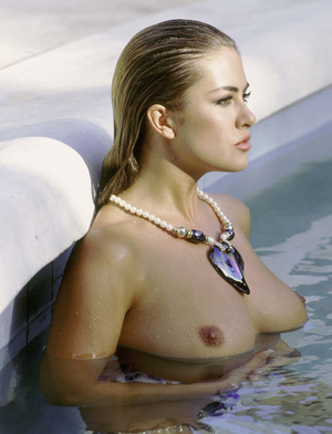 Elegant classy blonde with gorgeously formed body exposing her body. - XXXonXXX - Pic 10
