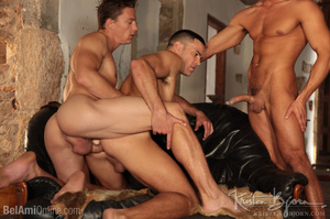 Wild Guys Sucking Their Big Dicks And Fucking Each Other In A Threesome. - XXXonXXX - Pic 9