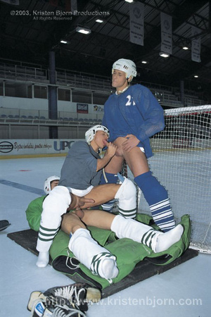 Hot Threesome With Gay Hockey Players Sucking Each Other Off And Fucking With Each Other. - XXXonXXX - Pic 11