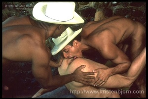 Wild Muscular Gays Fucking With Each Other And Sucking Each Other Off In A Interracial Threesome. - XXXonXXX - Pic 15