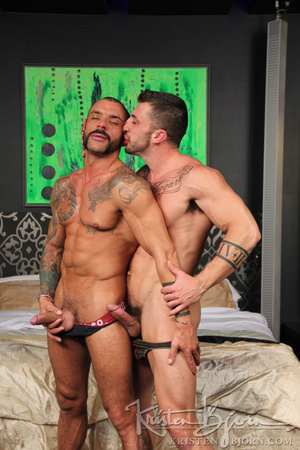Sexy muscular guys swallowing each others dicks and having anal sex. - XXXonXXX - Pic 6