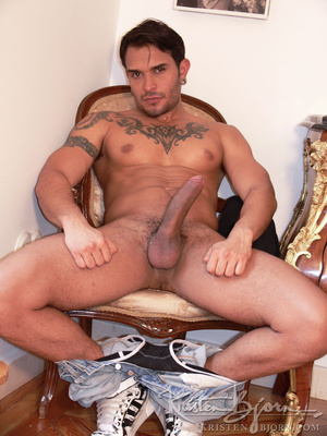 Hairy gay just loves to get his gorgeous ass hardcore pounded. - XXXonXXX - Pic 4