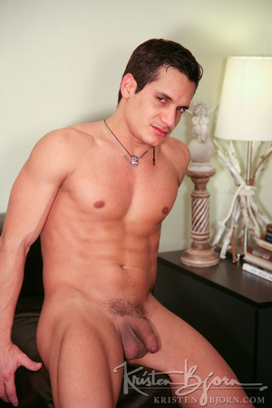 Gay beauty just loves to get hardcore hammered by his athletic boyfriend. - XXXonXXX - Pic 2