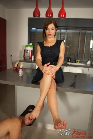 Ginger mistress in red high heels adores foot worship - XXXonXXX - Pic 2