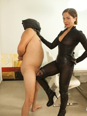 Masked naked dude getting humiliated and jeered by - XXXonXXX - Pic 6