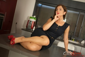 Ginger mistress in red high heels adores foot worship - XXXonXXX - Pic 7
