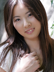 Smiley Asian teenies undress on - Sexy Women in Lingerie - Picture 12