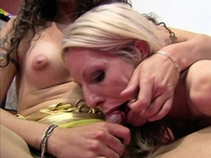 Naughty trans whores just love to get hardcore fucked. - XXXonXXX - Pic 4