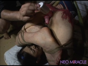 Hogtied Japanese teen tortured with hot wax and a wire vibro - XXXonXXX - Pic 4