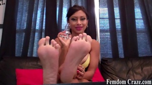 Elegant latina showing her sexy feet - XXXonXXX - Pic 8