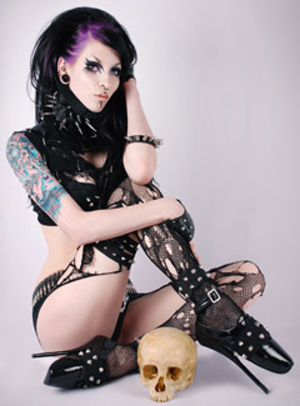 Randy black haired goth sluts exposing their delicious bodies. - XXXonXXX - Pic 2