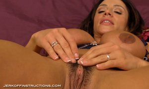 Bodacious latina MILF with huge tits rubbing her experienced slit willingly - XXXonXXX - Pic 13