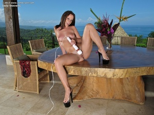 Prety nude chick serves herself on confe - XXX Dessert - Picture 14
