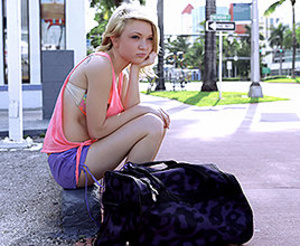 Shy teen gals turn into sluts when wants some free car lift - XXXonXXX - Pic 5
