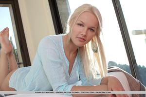 Teen Norwegian sweetie enjoys flaunting  - XXX Dessert - Picture 3