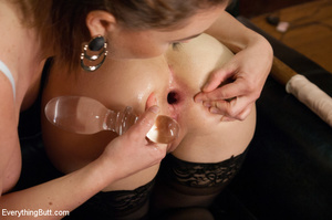 Two hot and pretty damsels in toilet exp - XXX Dessert - Picture 8
