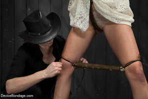 Damsel gets caged in wooden device on fl - XXX Dessert - Picture 1