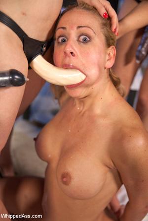 Four sexy kinky babes enjoy spanking, fi - XXX Dessert - Picture 11