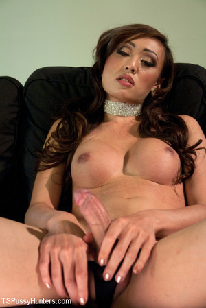Tranny in blue pounds cute babe's pussy  - XXX Dessert - Picture 4