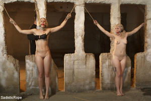 Sadistic guy binds two cute girls, hangs - XXX Dessert - Picture 13