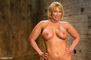 Blonde with big hot tits and butt tied w - XXX Dessert - Picture 15