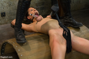 Hot babe yell sweet pain as she is folde - XXX Dessert - Picture 7