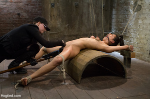 Hot babe yell sweet pain as she is folde - XXX Dessert - Picture 8