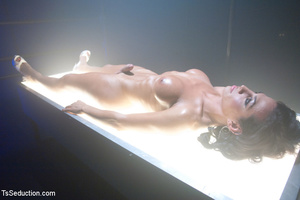 Lusty shemale sucks cock and guy blows h - XXX Dessert - Picture 1