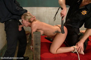 Hot tits blonde tied to bed and sucks tw - XXX Dessert - Picture 7